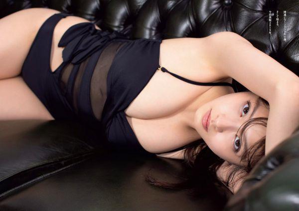 今田美桜 乳首 エロ画像003