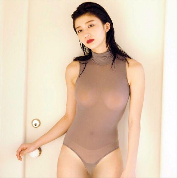 小倉優香 乳首 エロ画像001