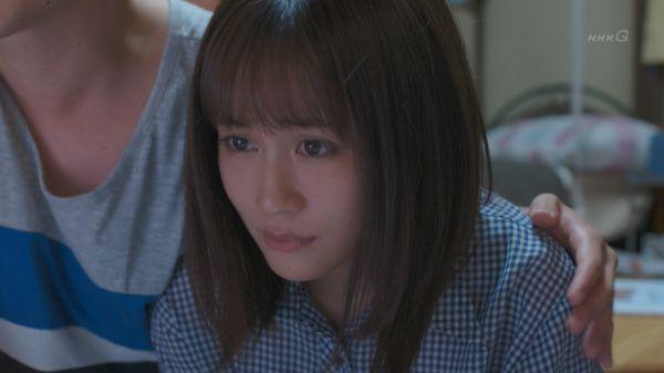 前田敦子 パンチラ エロ画像012
