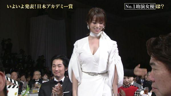 深田恭子 おっぱい エロ画像007