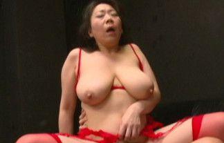 垂れ乳画像