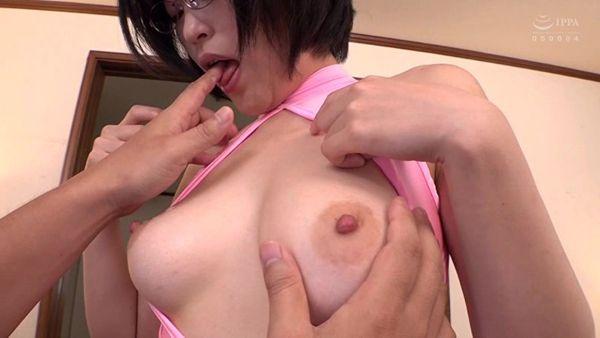 美乳エロ画像006