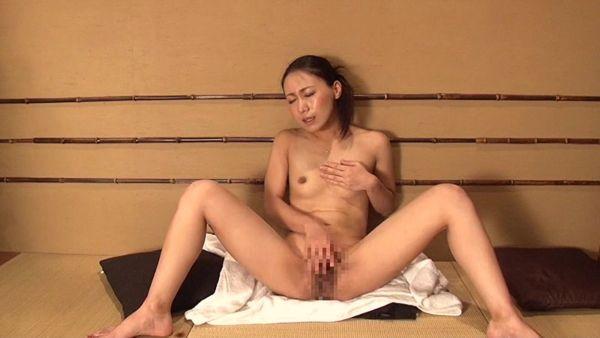 M字開脚エロ画像033