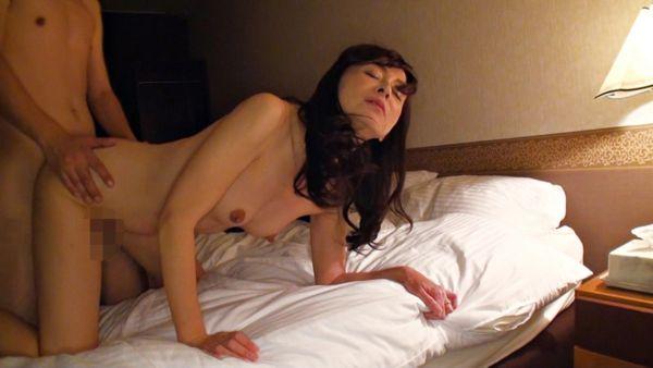 香澄麗子 セックス画像