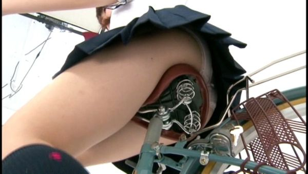 自転車 エロ画像