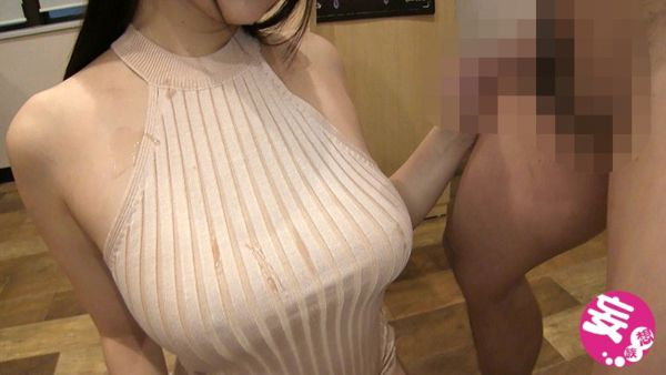 着衣おっぱい エロ画像